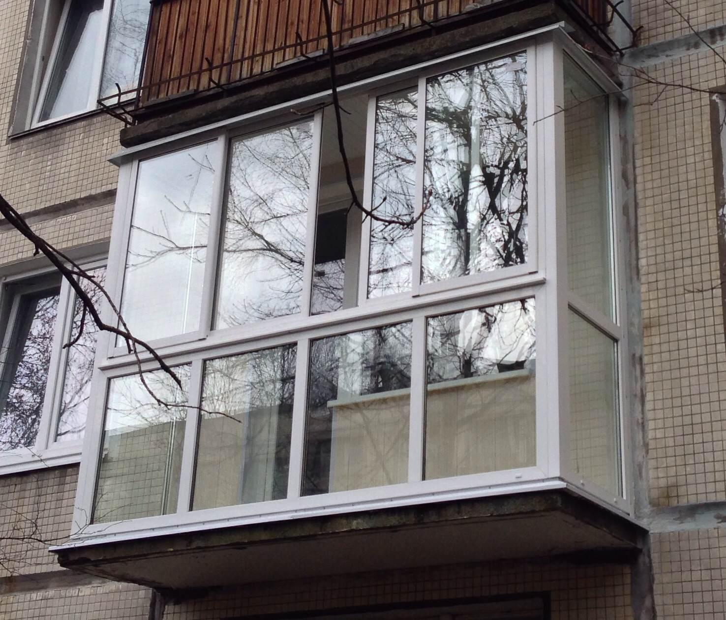 Балкон - Яркий витраж