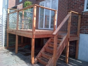 traditional-deck